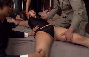 Roped up Japanese sweetie is..