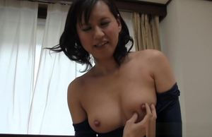 Insatiable mature Chinese wifey gives..