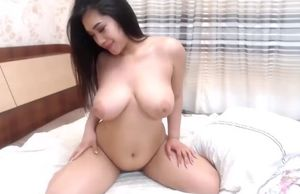 thick funbags japanese young woman..