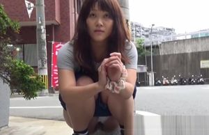 Young lady Chinese red-haired filmed..
