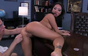 Mellow buxom Asian Asa Akira making..